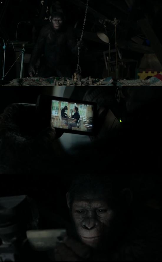 Caesar vê imagens da infância em seu antigo quarto (no sótão)
